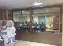 مكتب كبير شبه مستقل جاهز للايجار