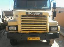 شاحنة اسكاينا مويل 1984