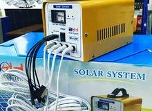 الطاقة الشمسية انارة وشاحن جوال