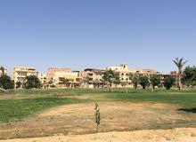 أرض فيلات بالحي المتميز بمدخل مدينة بدر ، موقع رائع جدا لن يتكرر بحري على حديقة