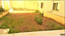 شقة ارضية في تلاع العلي قرب البشيتي110م وحديقة210م جديدة