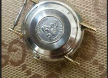 ساعة اوميغا  قديمة  عمرها تقريبا 40 عام