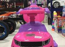 سيارة اطفال مع مقود