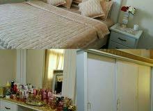 للبيع غرفة نوم كبيرة
