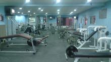 نادي رياضي متكامل للبيع شارع الجامعة الأردنية