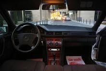 مرسيدس بنز (بطة) MERCEDES BENZ E200 94