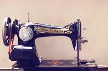 للبيع ماكينة سنجر قديمة بسعر مناسب