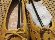 أحذية وشنط  جديدة
