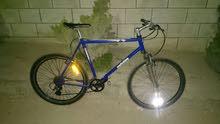 دراجة جبلية جنط 26 للتواصل على الرقم 0788842315