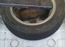 سيارة نوع هونداي فيرنا عدسة موديل 2003في حالة جيدة محرك15 أوتوماتيك كيف واصلة اس
