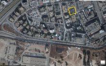 ارض للبيع في العبدلي قرب من مستشفى الاسلامي و مشروع العبدلي