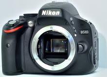 للبيع كاميرة 5100 نيكون