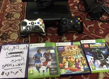 xbox360 with Kinect and 4cd two of them Kinect