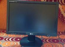 شاشة كمبيوتر LG شبه جديده للبيع