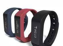 ساعة رياضية ذكية i5plus