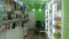 محل إكسسوارات خلويه وهدايا وإلكترونيات للبيع- حي نزال