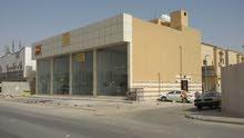 صالة للايجار بحي الملز على طريق عمر بن الخطاب