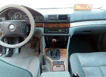 BMW 528i Model 2000