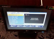 شاشة كمبيوتر وريسيفر وموزع av  للبيع