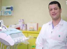 طبيب علاج وتجميل وجراحة الأسنان