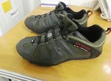 حذاء ماركه ملر جديد جدا للبيع