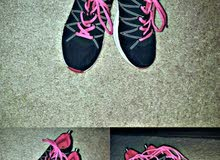 حذاء رياضي جديد قياس 38