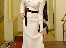 فستان سوارية للايجار