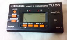 BOSS ROLAND ELECTRONIC TUNER