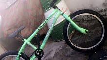 بايسكل اتعراضي للبيع واصل سعره 250 أو مراوس بدراجه إيراني ادوات