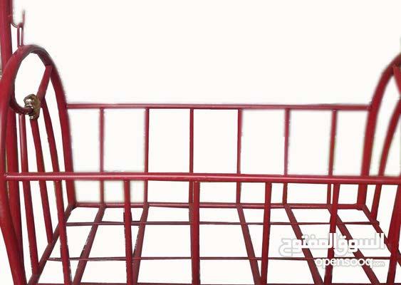 : سرير اطفال هزاز حديد : اطفال